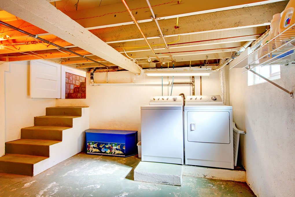 basement with washer and dryer